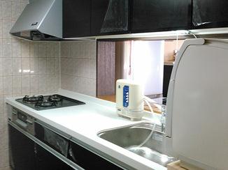キッチンリフォーム 作業台を高くして使いやすいキッチンに
