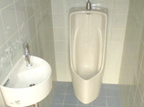 トイレリフォーム内装はそのままに、より使いやすく手洗いを設置したトイレ